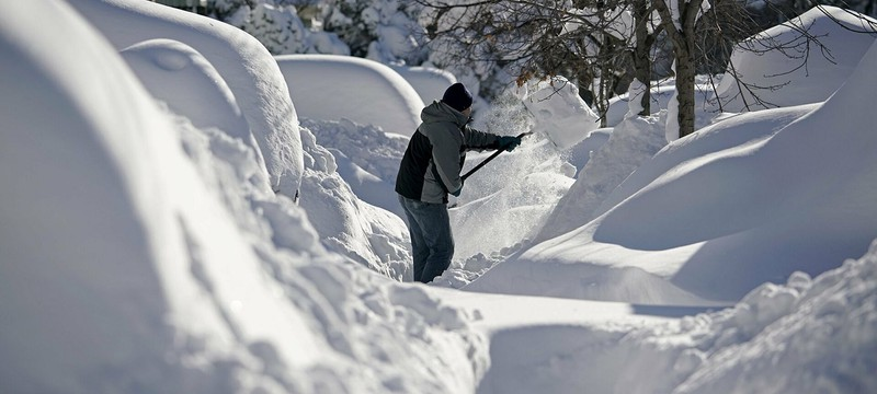 Жители Техаса остались без света из-за рекордно низких температур и снежной бури