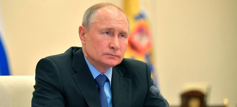 Путин считает, что интернет может разрушить наше общество