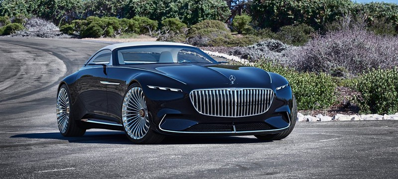 """Во """"Флэше"""" Брюс Уэйн будет ездить на электрическом концепт-каре от Mercedes"""