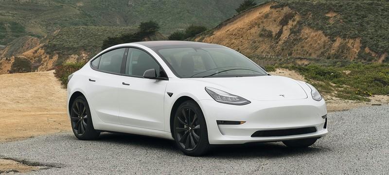 Tesla запустила подписку с автопилотом — всего $200 в месяц