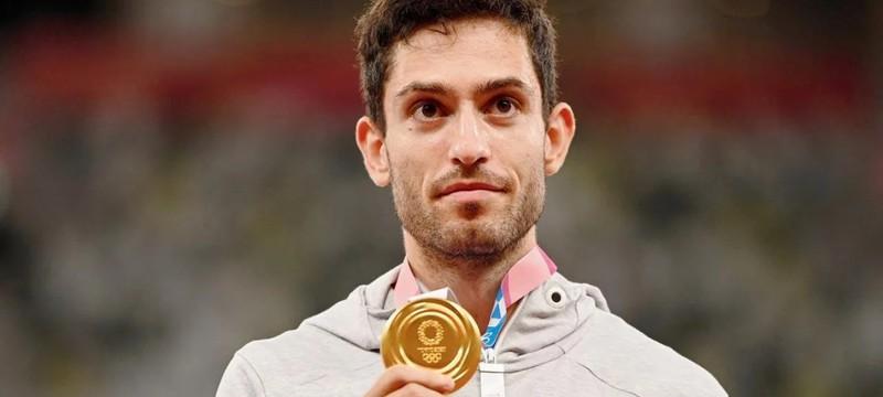 Золотой призер Олимпийских игр представился движением из аниме One Piece