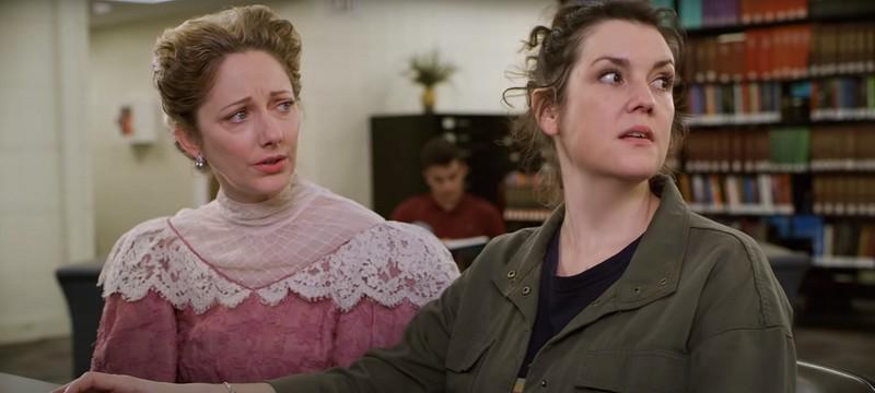 Поток неловких шуток в трейлере мистической комедии Lady of the Manor