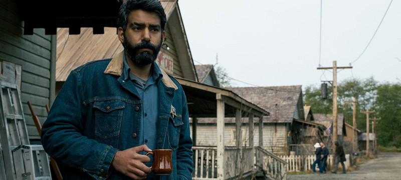 """Образ шерифа из хоррора """"Полуночная месса"""" был вдохновлен Джоэлом из The Last of Us"""