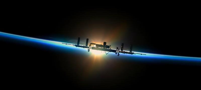 На Disney+ вышла документалка Among the Stars про подготовку астронавтов и поиск причин возникновения вселенной