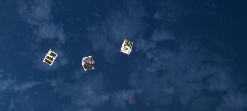 Элон Маск готовит флот мини-спутников для дешевого интернета