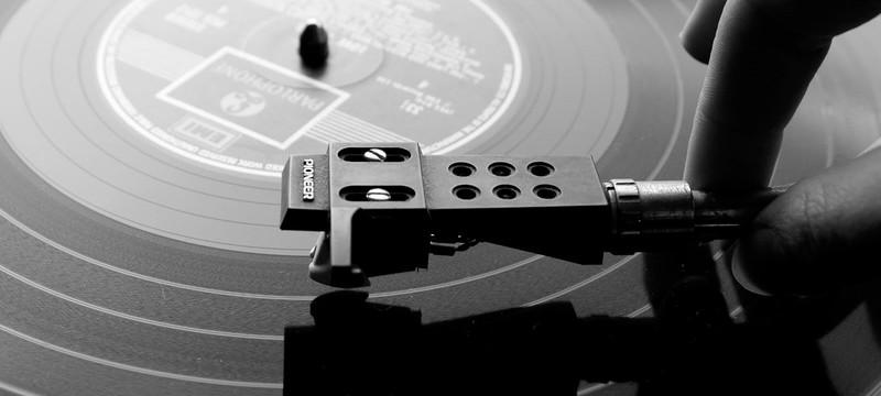 Продажи виниловых пластинок превысили 1 миллион в этом веке