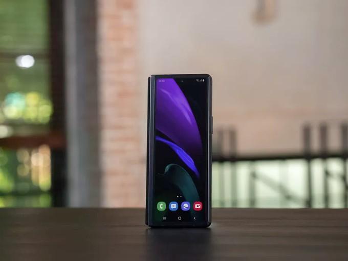 Samsung официально представила Galaxy Z Fold 2 — складной смартфон будет стоить 178 тысяч рублей