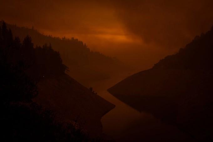 Апокалипсис в Америке — как лесные пожары превратили западное побережье в Fallout
