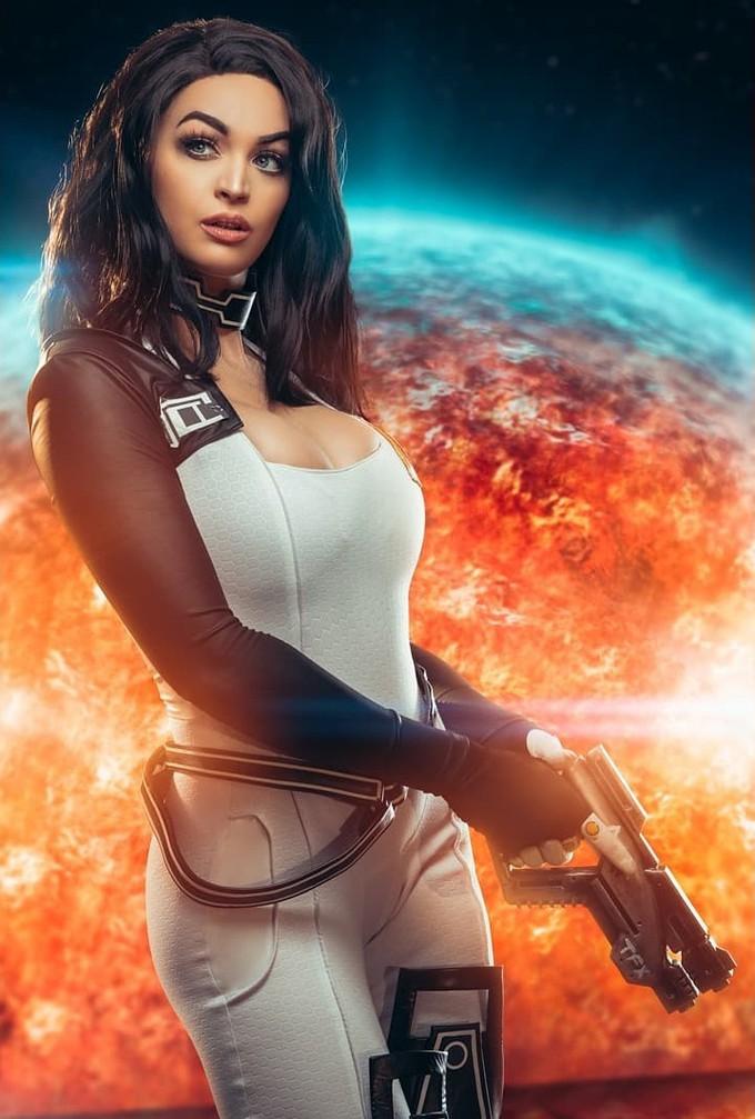 Пятничный косплей: StarCraft, Cyberpunk 2077, Mass Effect и World of Warcraft
