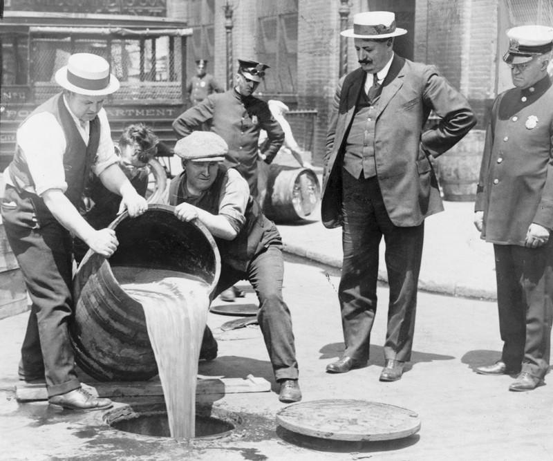 История сухого закона в США — его влияние на формирование образа американской Мафии