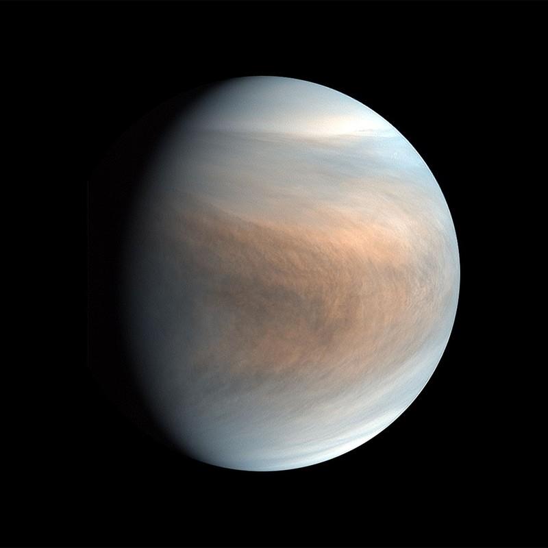 В атмосфере Венеры обнаружены признаки жизни