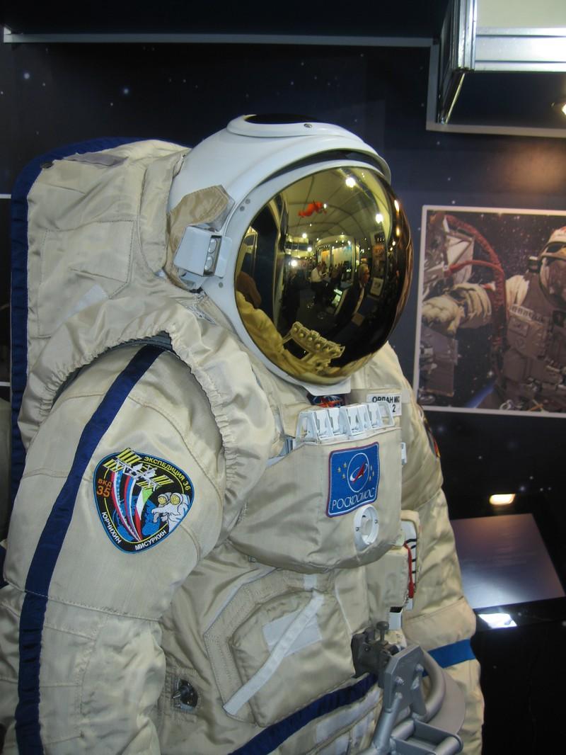 Российские космонавты на МКС скоро не смогут выходить в открытый космос